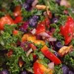 Fresh yogi kale salad - It's a bright balance of sweet and savory full of colorful super foods. | www.lakdesidetable.com