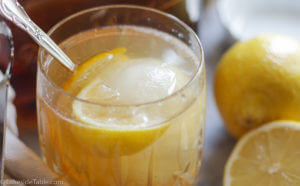 Bee's Knees Cocktail Recipe - My favorite refreshing summer drink. You'll love this one! | www.lakesidetable.com